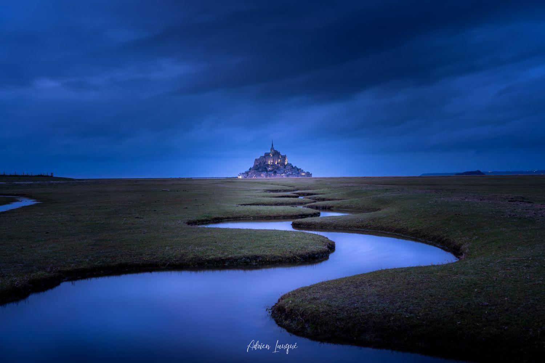 Méandres bleus (paysage)