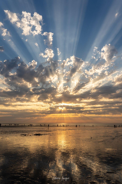 Rayons de soleil sur la plage de Deauville